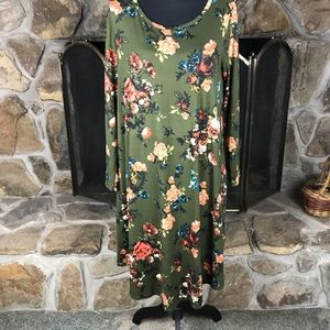 reb & J Dresses - Reb & J   A Line Knit Dress   Printed - Green   L
